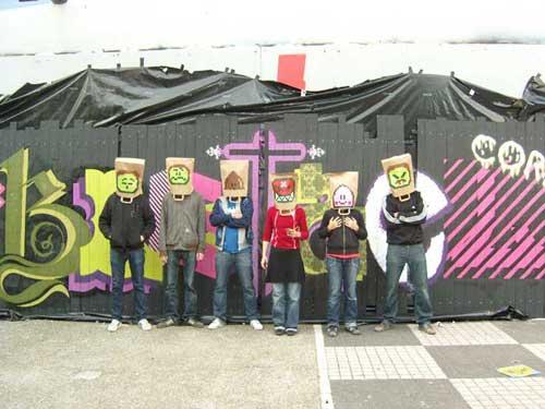 Tags et graffitis, street art, banksy... - Page 2 SN150878